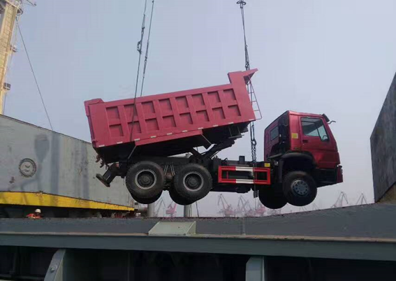 Product Transport – Camamach Dump Trucks Prior to Shipment